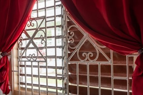 Can Burglar Bars Be Placed On The Inside?
